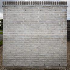 Konstruktion bygget af Strøjer tegl's: B546.Taurus, fuge: Hvid/LysegrÅ