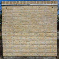 Konstruktion bygget af Strøjer tegl's: L511.Silver Cloud, fuge: Hvid/LysegrÅ