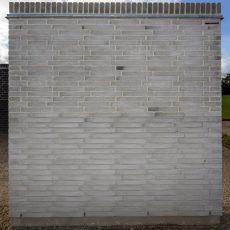 Konstruktion bygget af Strøjer tegl's: L711.Silver Shadow, fuge: Hvid/LysegrÅ